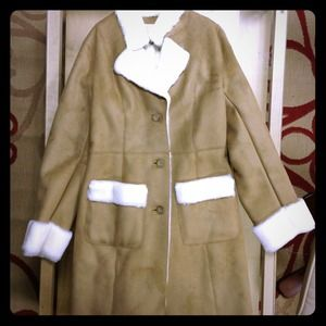 Ann Taylor 3/4 coat in camel with shearling