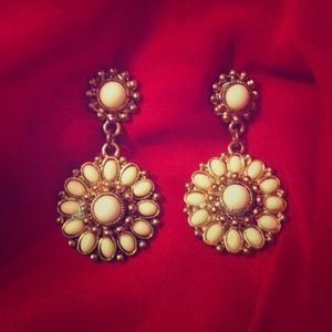 Accessories - White and Gold Dangle Earrings