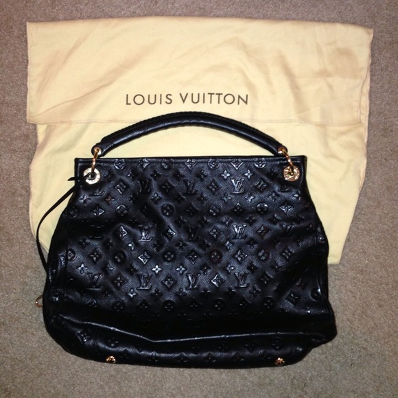 7e71447e52 Handbags - AAA Designer inspired black trendy Artsy GM LV bag
