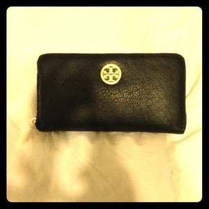 *BRAND NEW* Authentic Tory Burch wallet