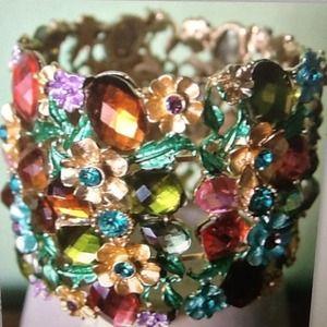 Swarovski  Crystal Rhinestone bracelet bangle