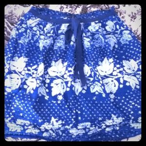 Blue and white print linen skirt with bow