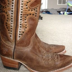 Frye Shoes - Never worn Frye cowboy boots