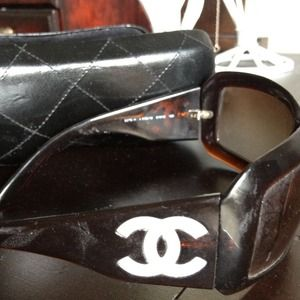 CHANEL Accessories - Authentic Chanel with mother of pearl CCs