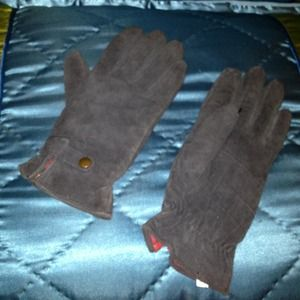 Accessories - Thinsulate thermal insulation Black suede gloves