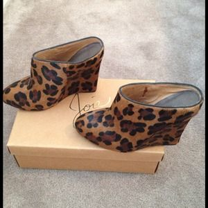 Joie leopard wedge.