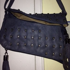 Shoedazzle skull blue purse 