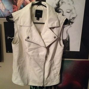 Outerwear - White leather vest