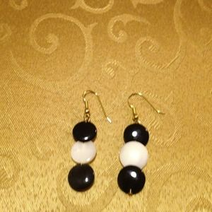 Black onyx and mother of pearl lentil earrings