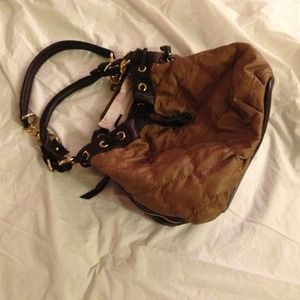 Purse. By: Urban Expressions
