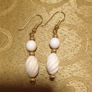 Ivory swirl bead earrings with gold