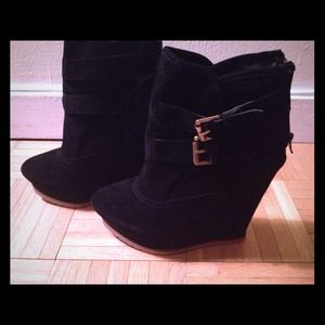 Shoedazzle Boots - Black wedge Booties