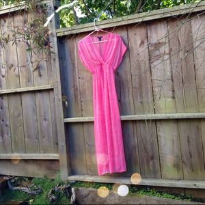 H&M Dresses & Skirts - 💸REDUCED💸 Bright Pink Chiffon Maxi Dress