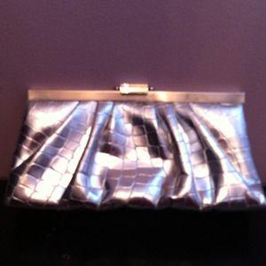 Handbags - Silver Clutch