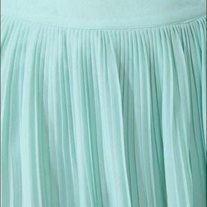 Forever 21 Skirts - 🚫SOLD🚫Knife Pleated Skirt x Forever 21