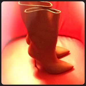Leather tan boots