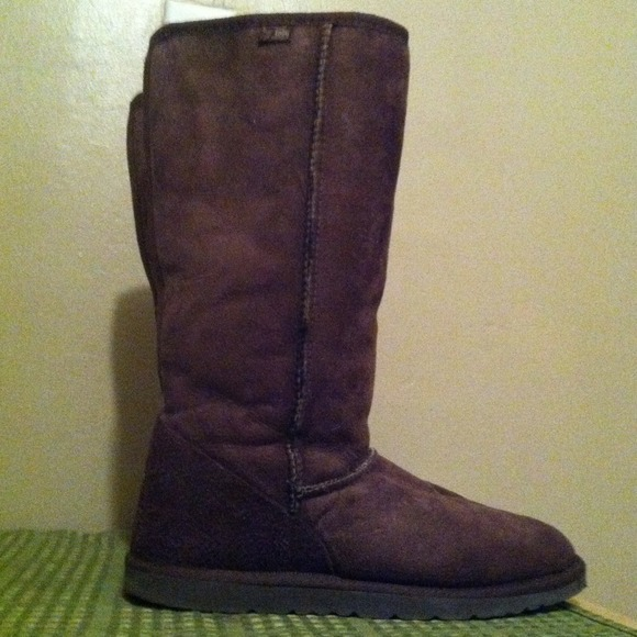 REDUCED!!  Tall Dark Brown Ugg  just Reduced!!!