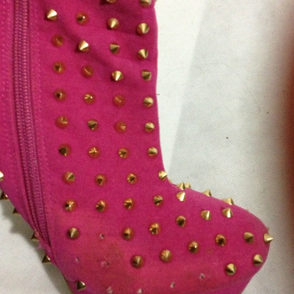 75% off Boots - Hot pink Gold Studded 4 inch heels. from Wildthing ...