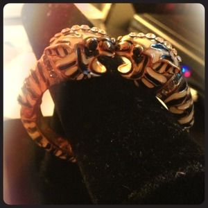 Bauble Bar kissing Tiger bracelet
