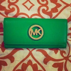 SOLD!! 😁Authentic Michael Kors Wallet NWT