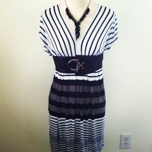 Dresses & Skirts - *NWT* Sz S Black//White//Gray striped dress