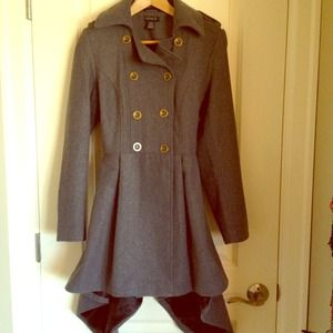 Small Venus pea/trench coat