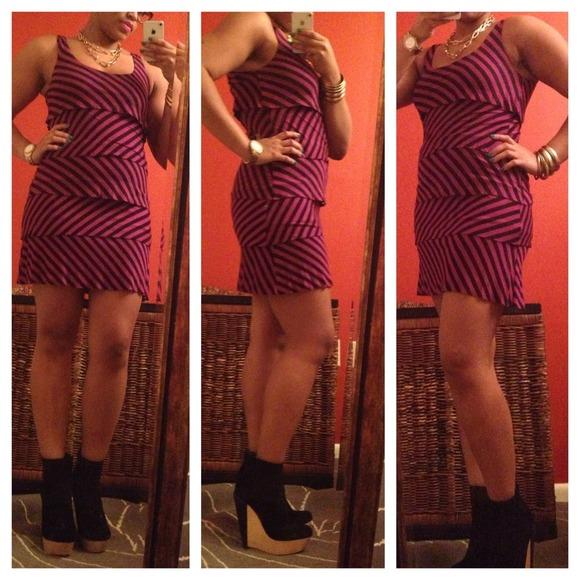 Dresses & Skirts - Black & Fuschia tiered sleeveless dressl