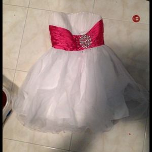 Dresses & Skirts - White and pink homecoming/prom