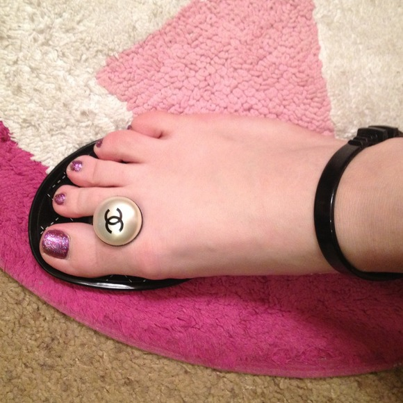 6 Off Chanel Shoes Authentic Chanel Jelly Sandals From