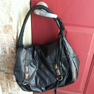 Handbags - GENTLY USED MATT N NAT HANDBAG