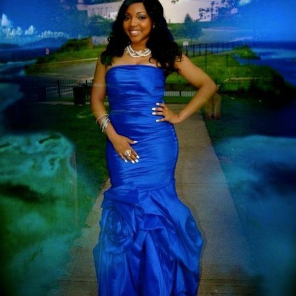 a95a9aff0151d Beautiful Royal Blue Vivace Bridal mermaid Dress.
