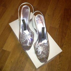 VINTAGE clear open-toe slingback kitten heels