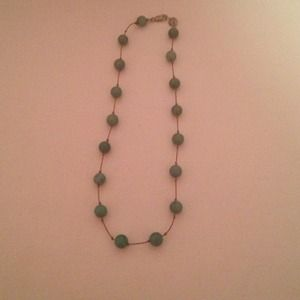 Cara Jewelry - Cara green beaded necklace
