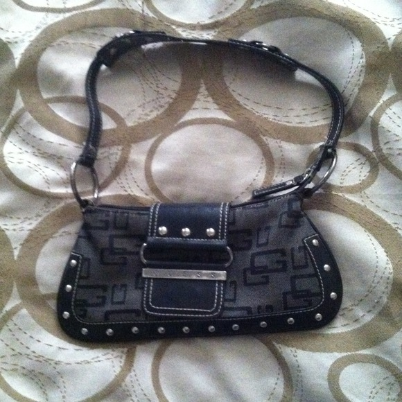 Authentic Small black guess purse