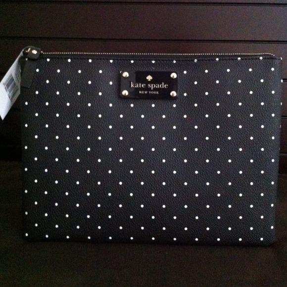 kate spade Clutches & Wallets - 🎉HP 2/27‼️🎉Kate Spade Blk/White Polka Dot clutch 4