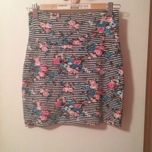 PaulnKC jersey print skirt