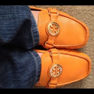 Tory Burch driving loafer in orange! NOT SELLING!
