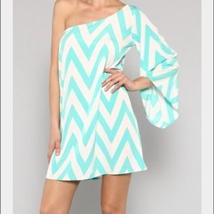 Chevron one shoulder dress Med/6-8 fit from Jodi's closet on Poshmark