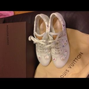 Louis Vuitton authentic sneakers monogram color
