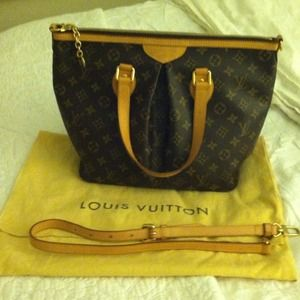 Louis Vuitton Handbags - Reserved! 100% Authentic Louis Vuitton Palermo PM