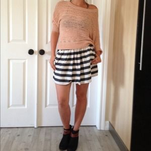 ❌On hold ❌High Waisted Striped Skirt