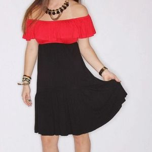 Dresses & Skirts - Red/black color block dress