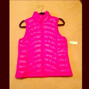 REDUCED! BNWT! Old Navy puffer vest