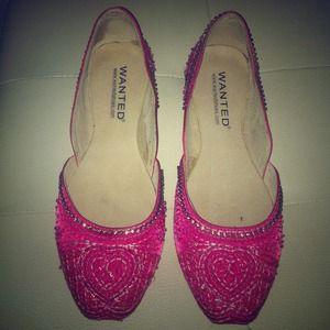 Shoes - ⬇REDUCED⬇ BEAUTIFUL EMBELLISHED FUSHIA FLATS
