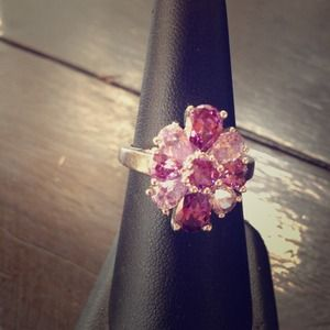 Jewelry - Purple ring