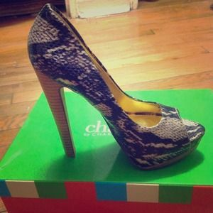 "Charles by Charles David ""Heiress"" Pump"