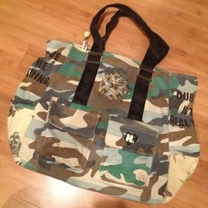 Harajuku Lovers large canvas camo tote