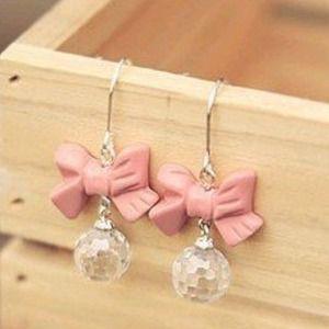 Pink bow earrings!