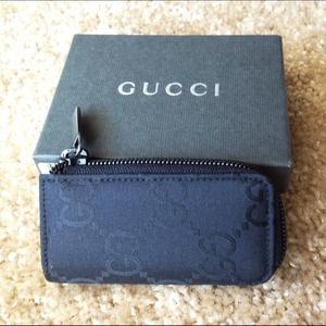 Gucci Clutches & Wallets - Authentic Gucci Key Holder Case