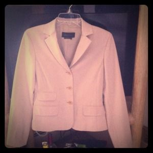 BCBG MAXAZRIA preowned suit jacket